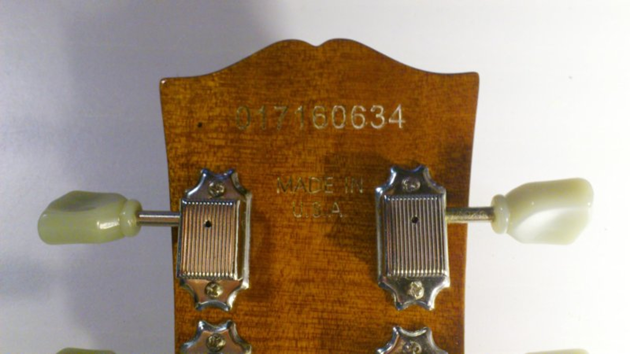 Gibson fake serial number